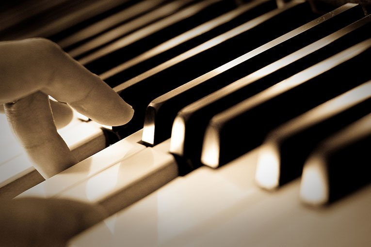 New website for michael spacie music tuition freelance for Sito web design piano piano